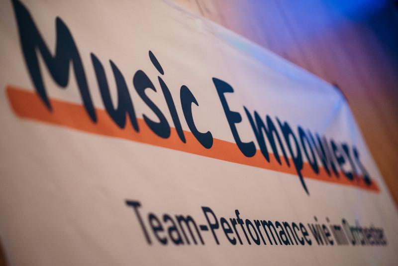 TEAM-BUILDING durch Musik schafft erstklassige Teams!